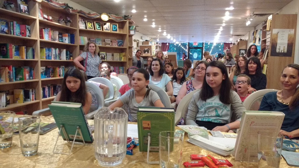 The wonderful readers who came out to see us!